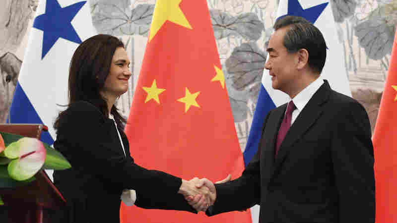 Panama Cuts Ties With Taiwan, Opts To Support China Instead