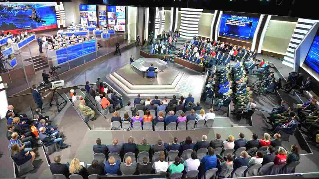 Vladimir Putin jokes about giving political asylum to James Comey