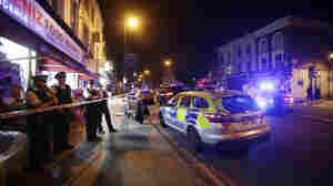 At Least 1 Dead After Vehicle Hits Pedestrians Near North London Mosque