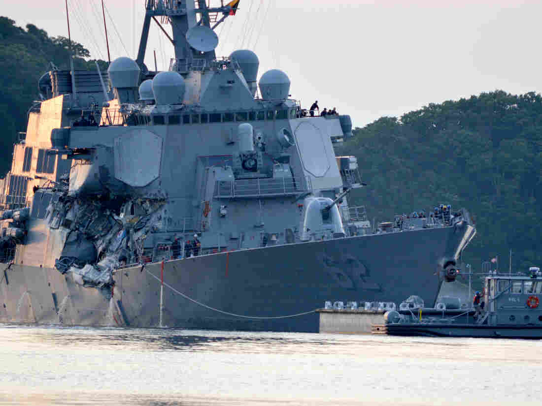 US Destroyer Struck By Container Ship Failed To Respond To Warnings