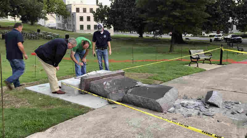 Arkansas' Ten Commandments Monument Lasted Less Than 24 Hours