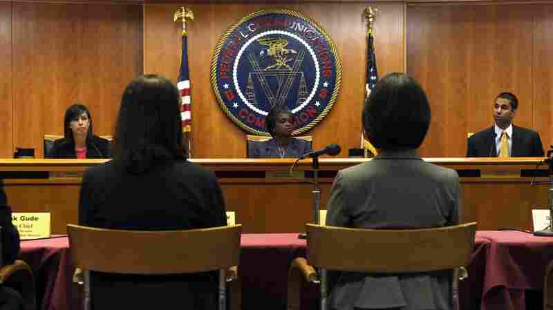 Trump Picks Republican Lawyer For FCC Commissioner Seat