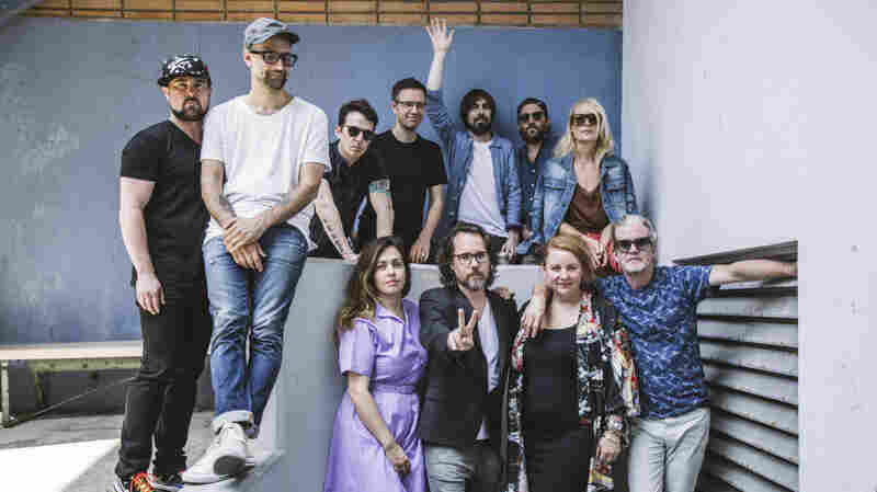 Watch Broken Social Scene Perform 'Stay Happy' Live In The Studio