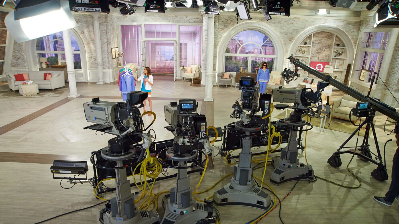Qvc Plans To Buy Merge With Rival Shopping Network Hsn