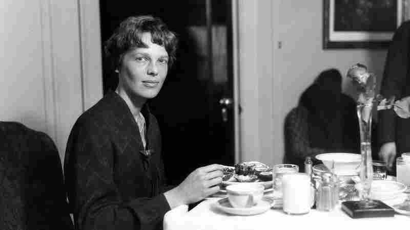 Amelia Earhart's Travel Menu Relied On 3 Rules And People's Generosity