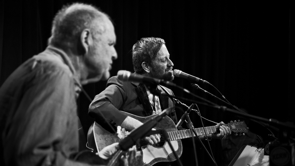Dan Auerbach performs live in the studio for KCRW.