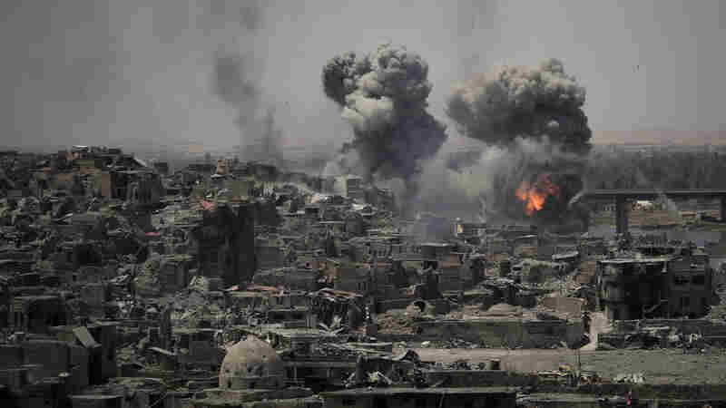 Amnesty Says U.S.-Led Coalition May Have Committed War Crimes In Mosul
