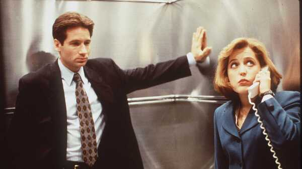 David Duchovny and Gillian Anderson star in the television show, The X-Files, where they played FBI agents.