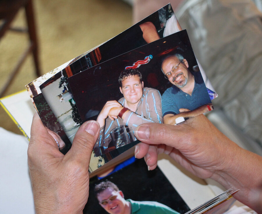 Кочила во время съемок фото 635-496