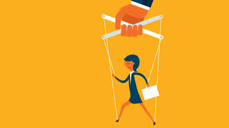 Is Your Boss Too Controlling? Many Employees Clash With Micromanagers