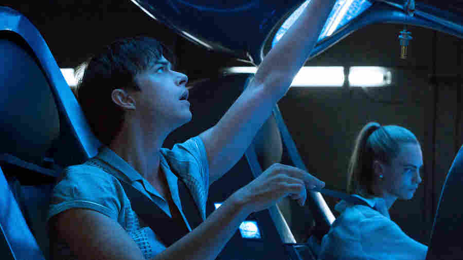 Besson's Dazzling But Dull 'Valerian And The City Of A Thousand Planets'