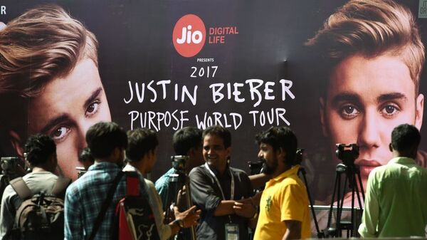 Global Bieber fever: a shot of Indian media gathered before the pop megastar concert in Mumbai, India this May.