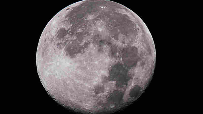 A New Study Shows The Moon's Interior Could Contain Water