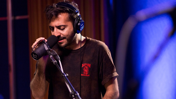 El Guincho performs live in the studio for KCRW.