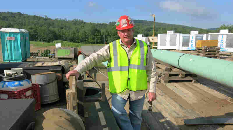 Environmentalists Provoke Pipeline Workers To Speak Up