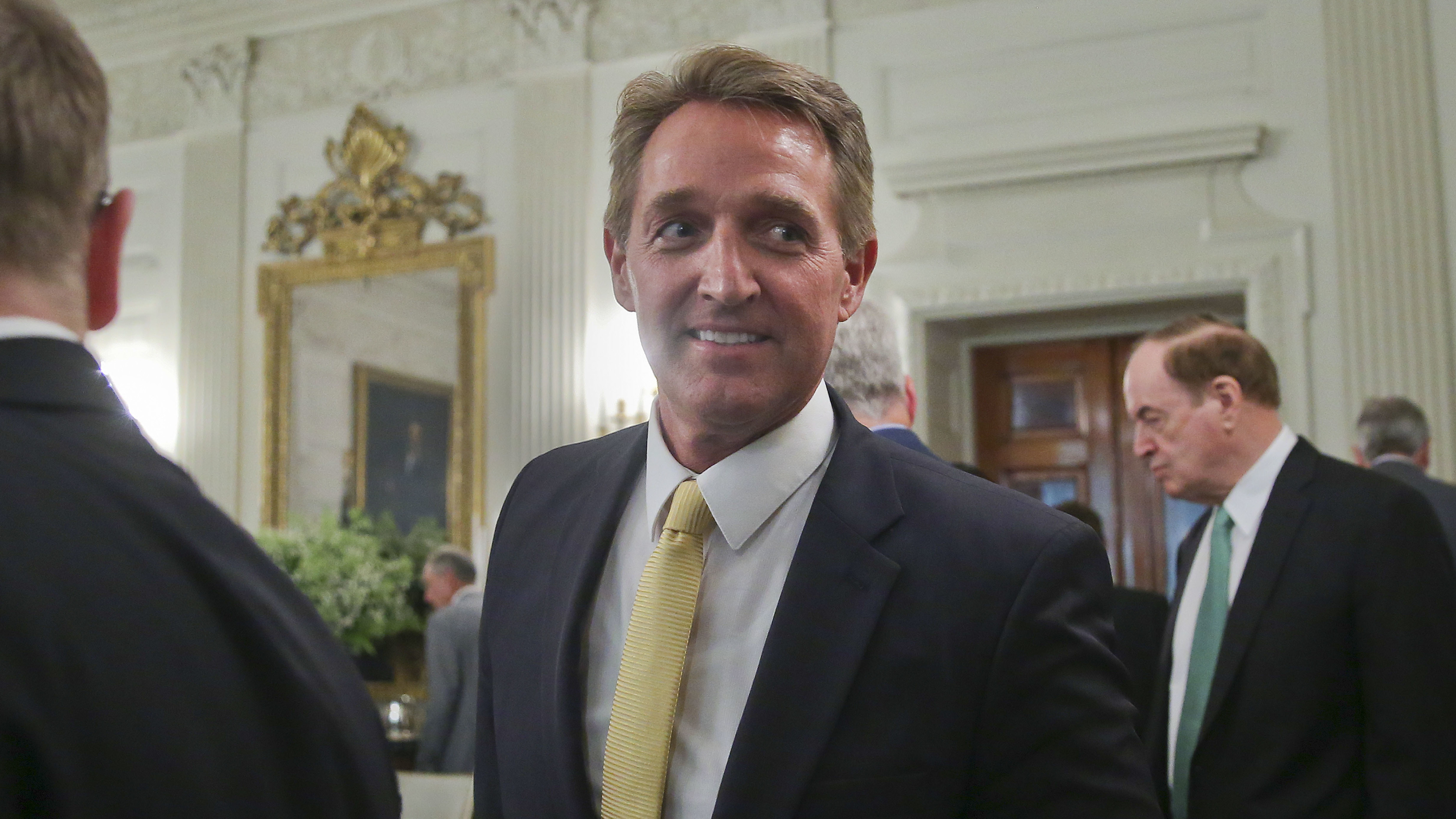 Sen. Flake faults GOP, Democrat partisanship for Trump rise