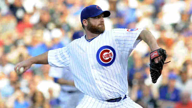 Ryan Dempster of the Chicago Cubs pitches against the Chicago White Sox on May 19, 2012 at Wrigley Field in Chicago, Ill.