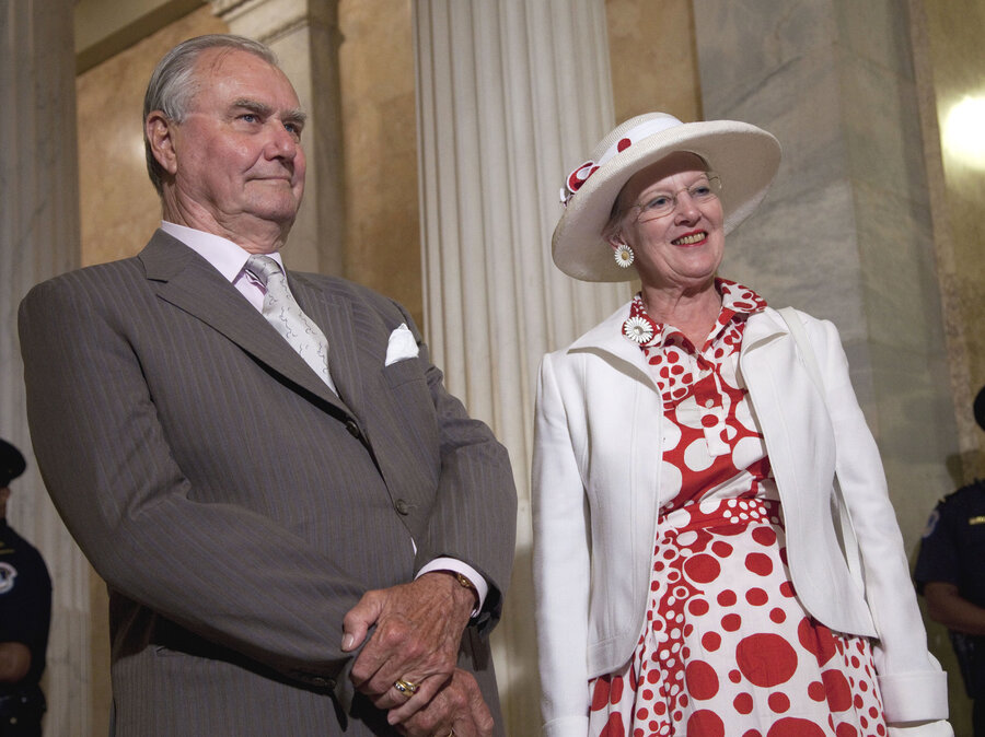 Denmarks Prince Henrik Says He Wont Be Buried With His Wife