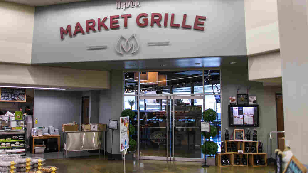 Grocery Stores Draw Millennials With In-Store Restaurants