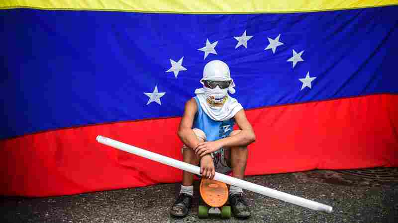 As Arrests Mount, Venezuela's Opposition Struggles To Find A Way Forward