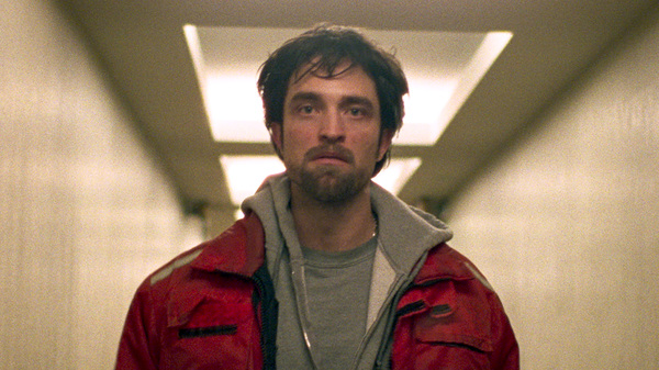 In Good Time, Robert Pattinson plays a small-time crook who must maneuver his way out of hair-raising situations.
