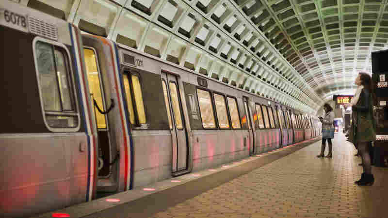 ACLU Sues D.C. Metro After It Rejects Ad With Text Of 1st Amendment
