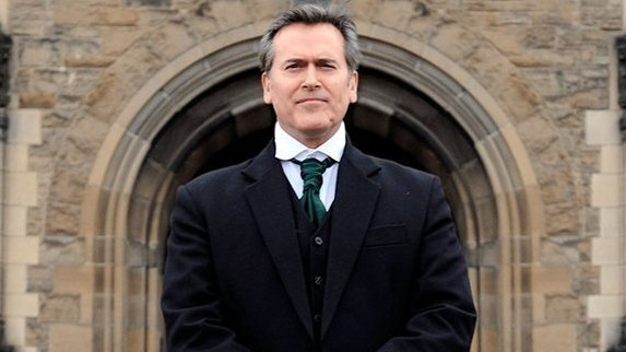 'Hail To The Chin': B-List Actor Bruce Campbell Returns With A Memoir Of Middle Age