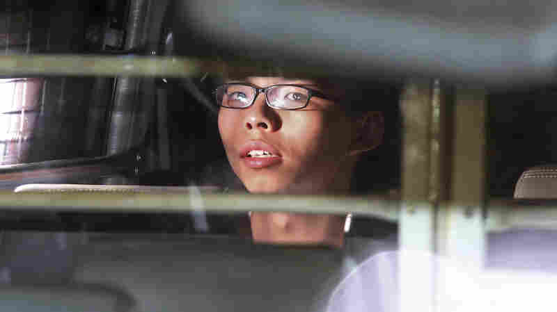 3 Hong Kong Activists Jailed For Role In 2014 'Umbrella' Protests