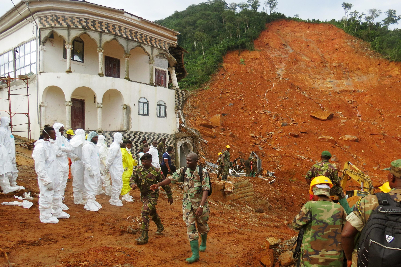 Sierra Leone mudslide victims buried — BBCI
