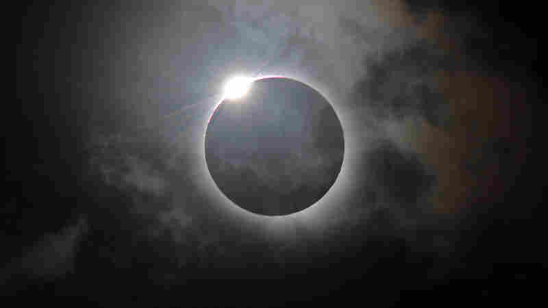 The Sun, The Moon And A String Quartet: Kronos Plays Live To The Solar Eclipse