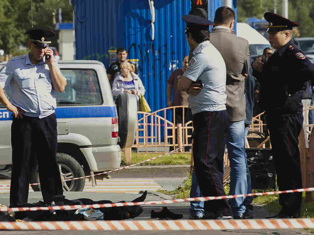 Man Goes On Stabbing Rampage In Russia, Wounds 7