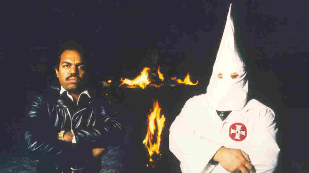 How One Man Convinced 200 Ku Klux Klan Members To Give Up Their Robes