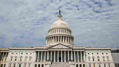 Researcher Behind Unverified Trump Dossier Meets Senate Investigators