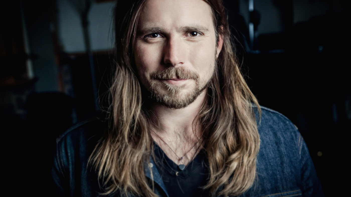 Lukas Nelson On Surfing And Stingrays A Childhood On Tour