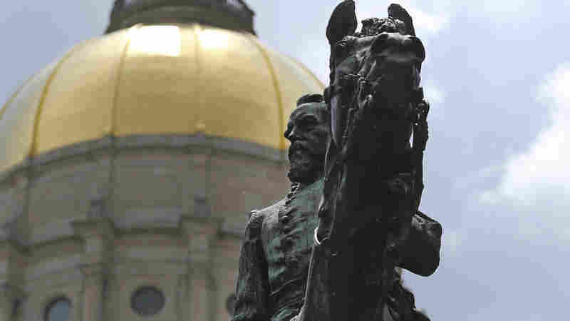 Martin Luther King Jr. Statue To Join Confederates At Georgia's Capitol