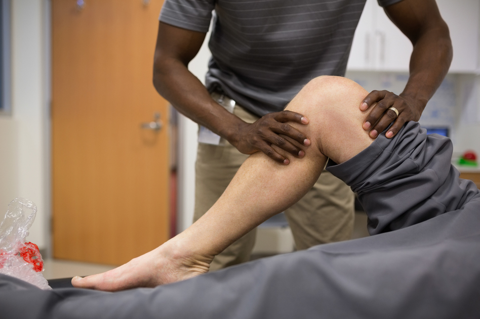 Physical therapy as well as cognitive therapy are part of a promising approach to managing chronic pain without drugs. (Hero Images/Getty Images)