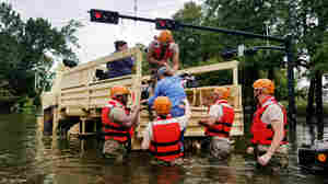 Trump Promises '100 Percent' Support For Flood Victims