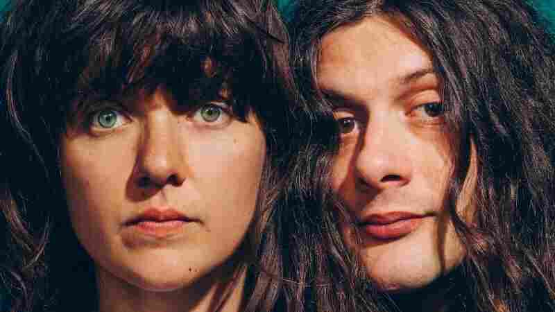 Courtney Barnett And Kurt Vile Are Just Two Peas In A Pod, Continents Apart