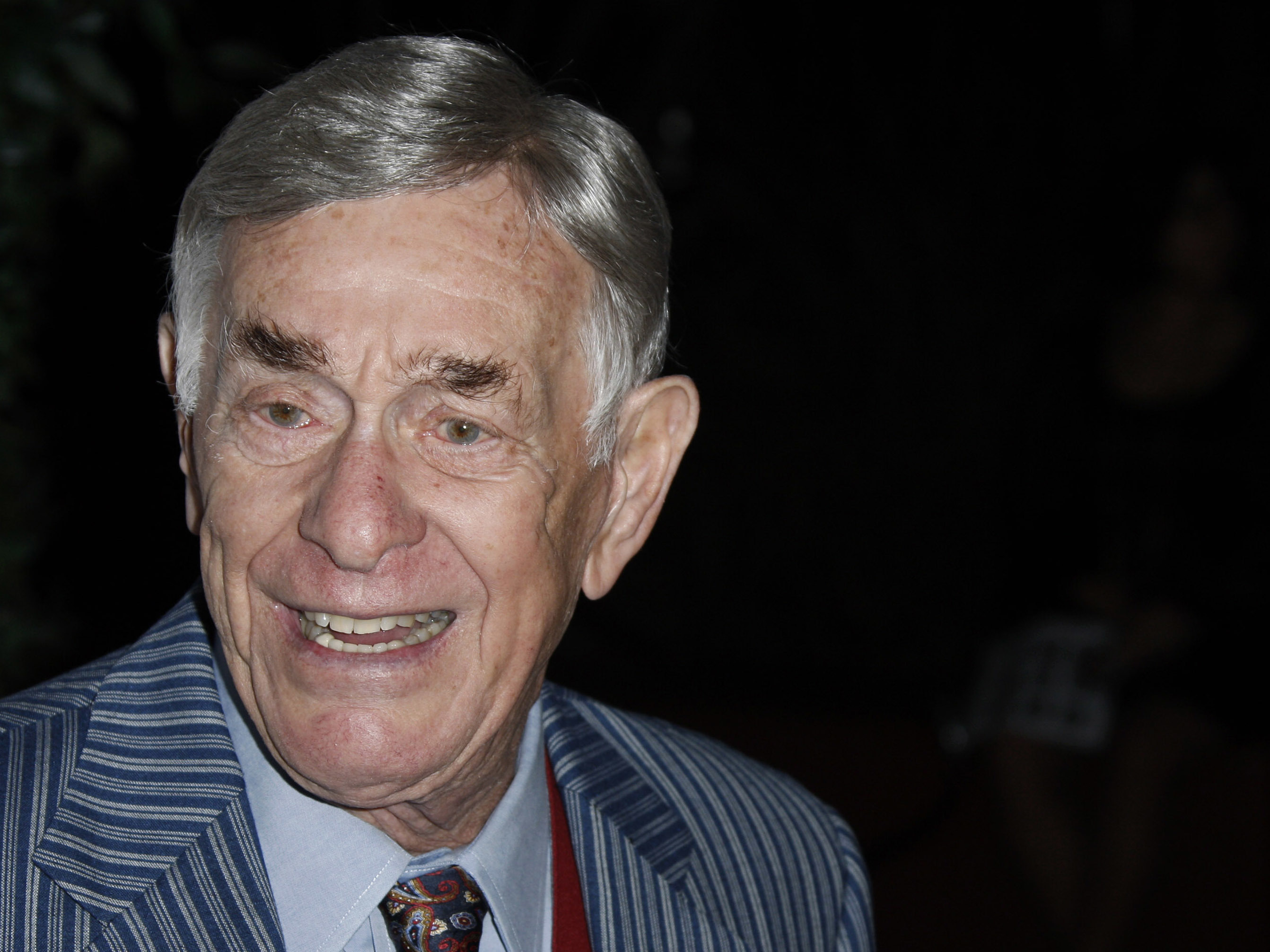 Comedian Shelley Berman has died at the age of 92. Here he arrives at a reception for the 2008 Primetime Emmy Awards in Los Angeles.   Matt Sayles       AP