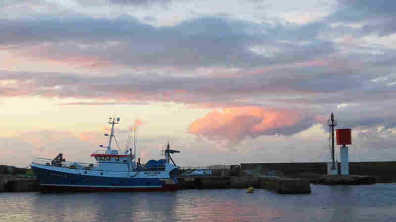 Brexit Leaves French Fishermen On The Hook