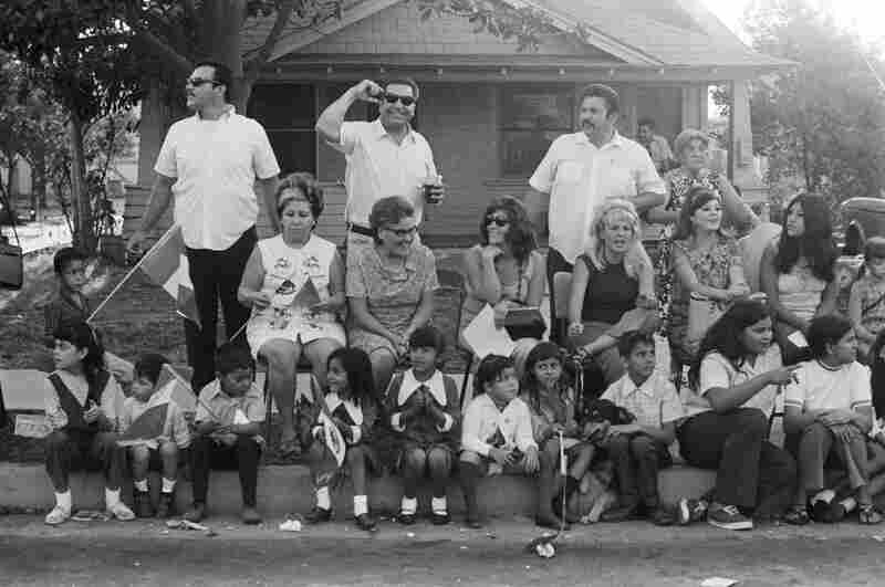 La familia at the Mexican Independence Day Parade, East L.A. September 16, 1970.