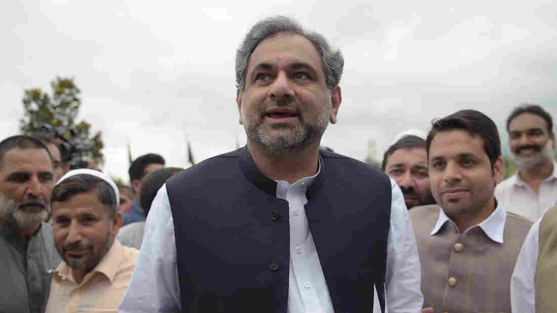 Pakistan ready for joint patrols of Durand Line: Abbasi