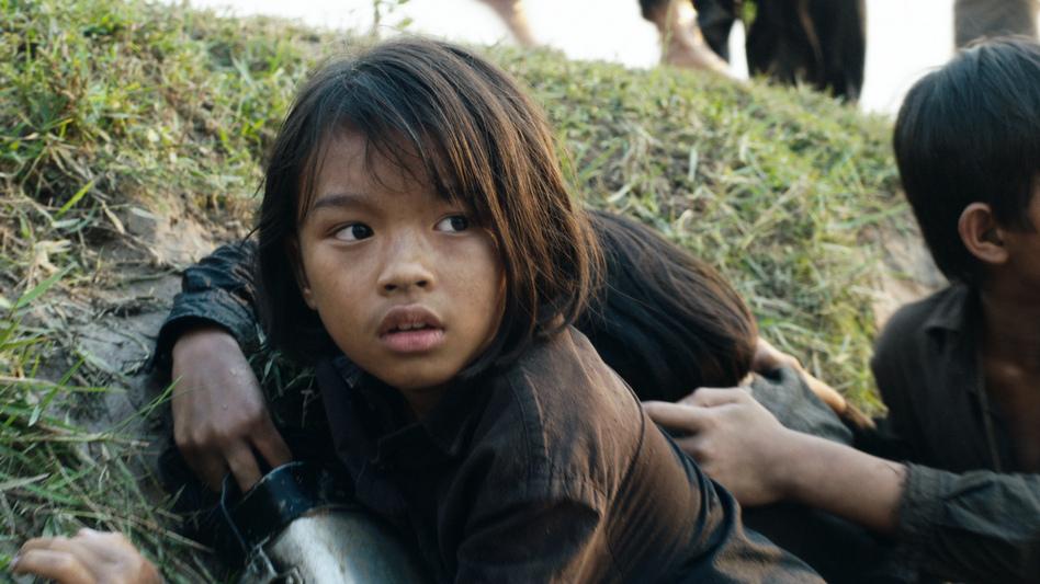 Sareum Srey Moch plays a young Loung Ung in Netflix's <em>First</em> <em>They Killed My Father.</em> (Netflix)