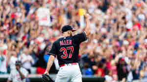 Cleveland Indians Win 21st Straight To Break American League Record