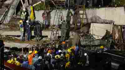Mexico City Earthquake Update: Desperate Attempts To Reach Girl Trapped By Rubble