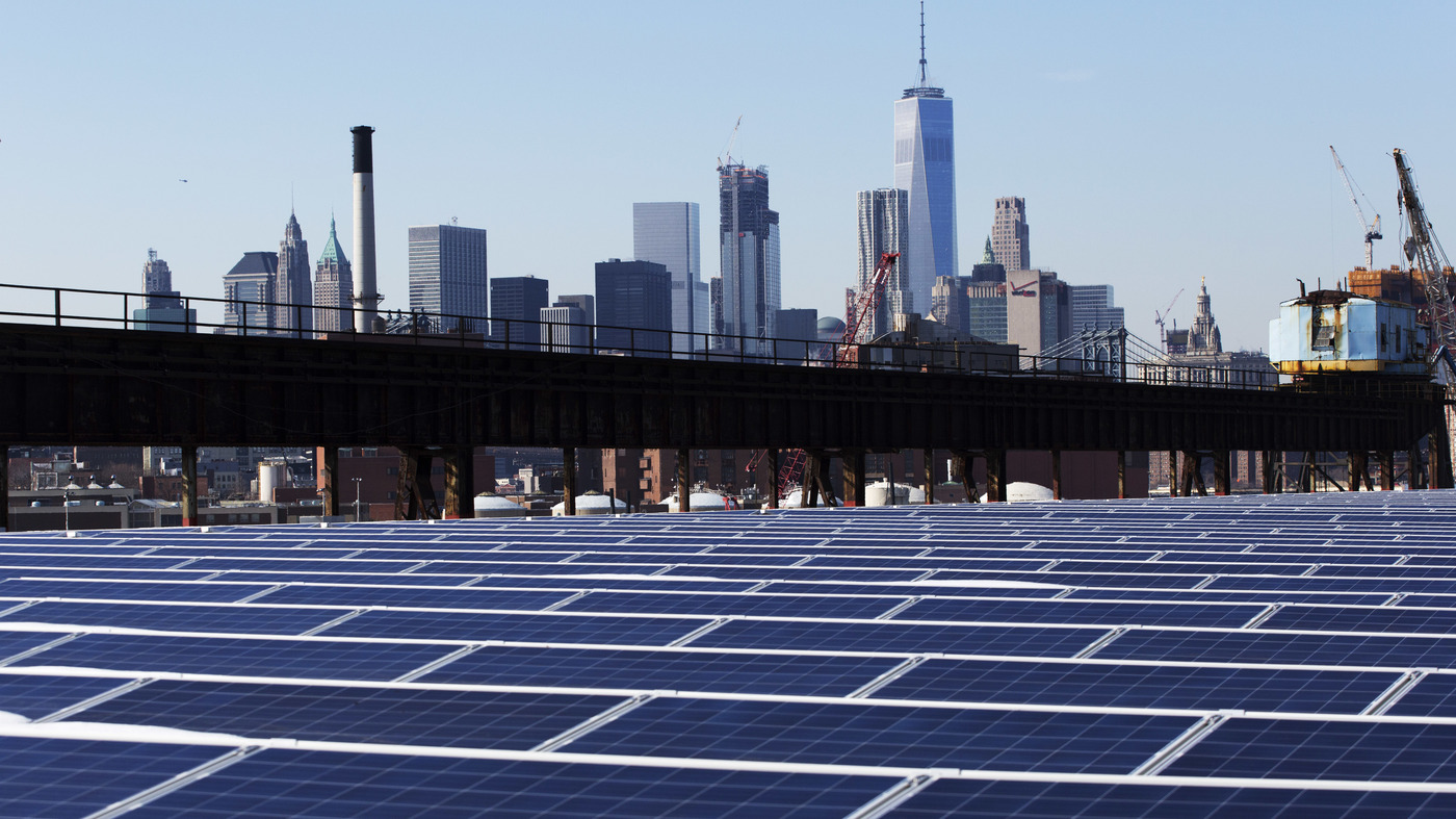 Ruling Finds Solar Panels From China Hurt U.S. Makers : The Two-Way : NPR