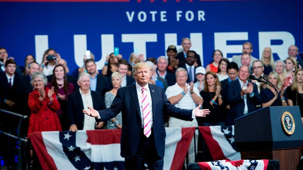 Trump Wades Deeper Into Alabama Primary At Campaign Rally — With Some Hesitation