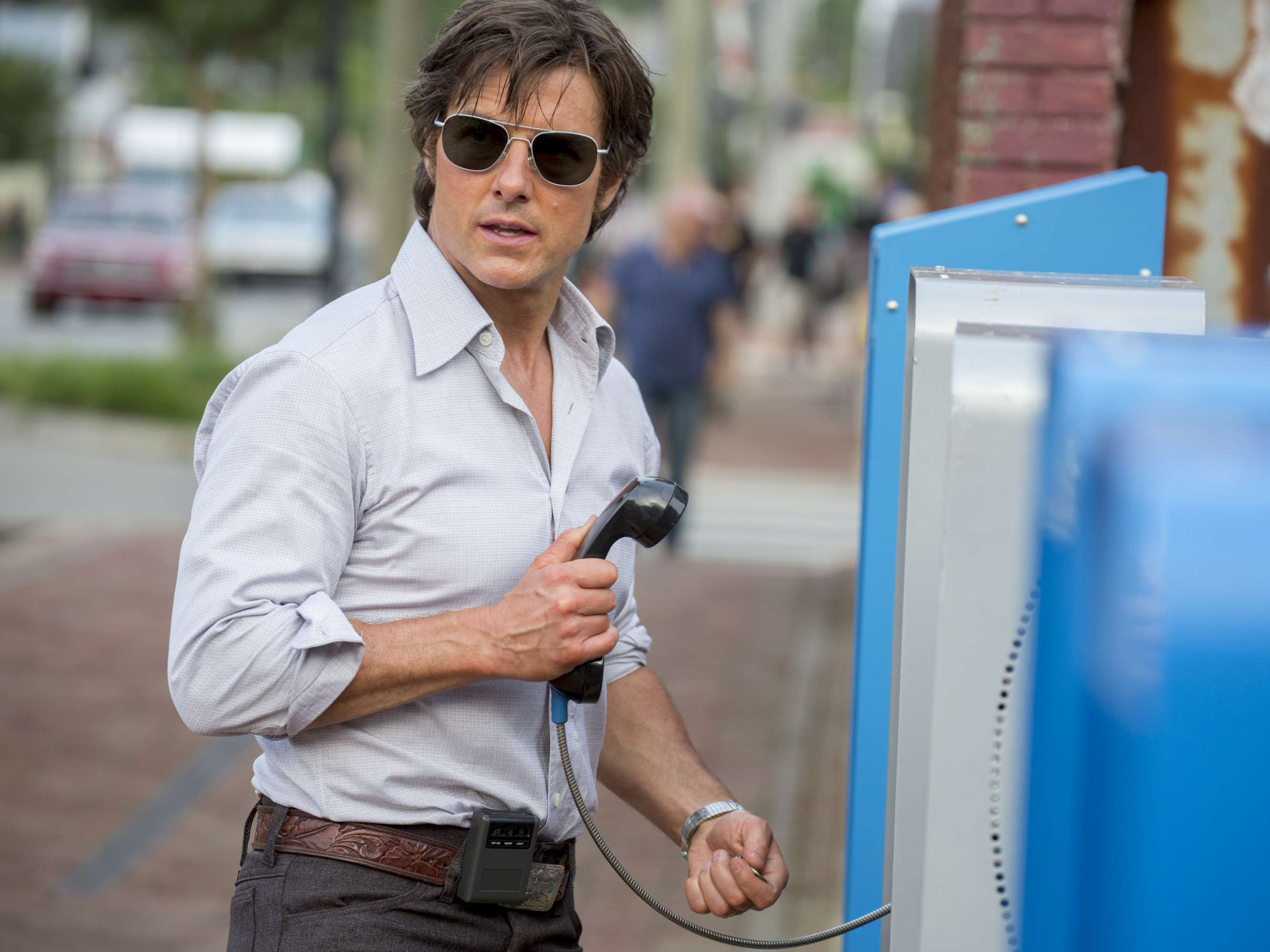 PHIL ON FILM: 'American Made' flies high with 80s drug trade thrills