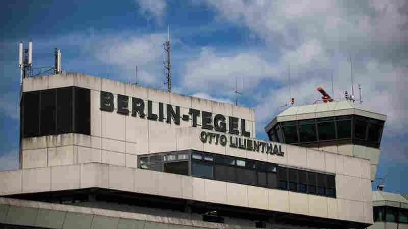 Berliners Vote To Keep Cold War-Era Airport Open