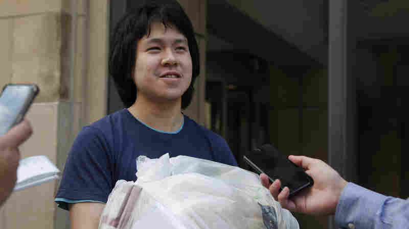 U.S. Grants Asylum To Amos Yee, Young Blogger From Singapore